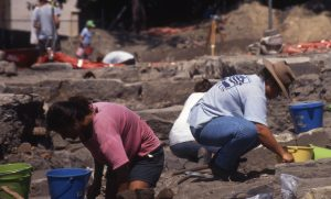 cu2q_cumberland-st-dig_g-bailey_september-1994